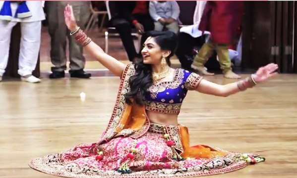 Best Palistani Wedding Dance on Banoo Tera Swagger lagy Sexy 2017