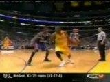 NBA-kobe bryant dunks on yao ming