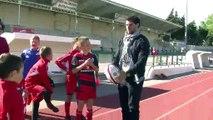 Jonathan Wisniewski avec des jeunes licenciés de Martigues Port de Bouc