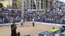 """On prépare le terrain de la finale du """"Mondial-La Marseillaise à pétanque"""" (vidéo)."""