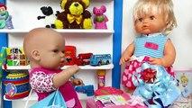 ¡Nenuco Laura nos invita a su cumple! Regalos sorpresa y tarta de chocolate con las muñecas bebés