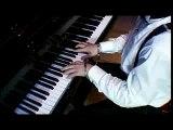 Bach avec des menottes !