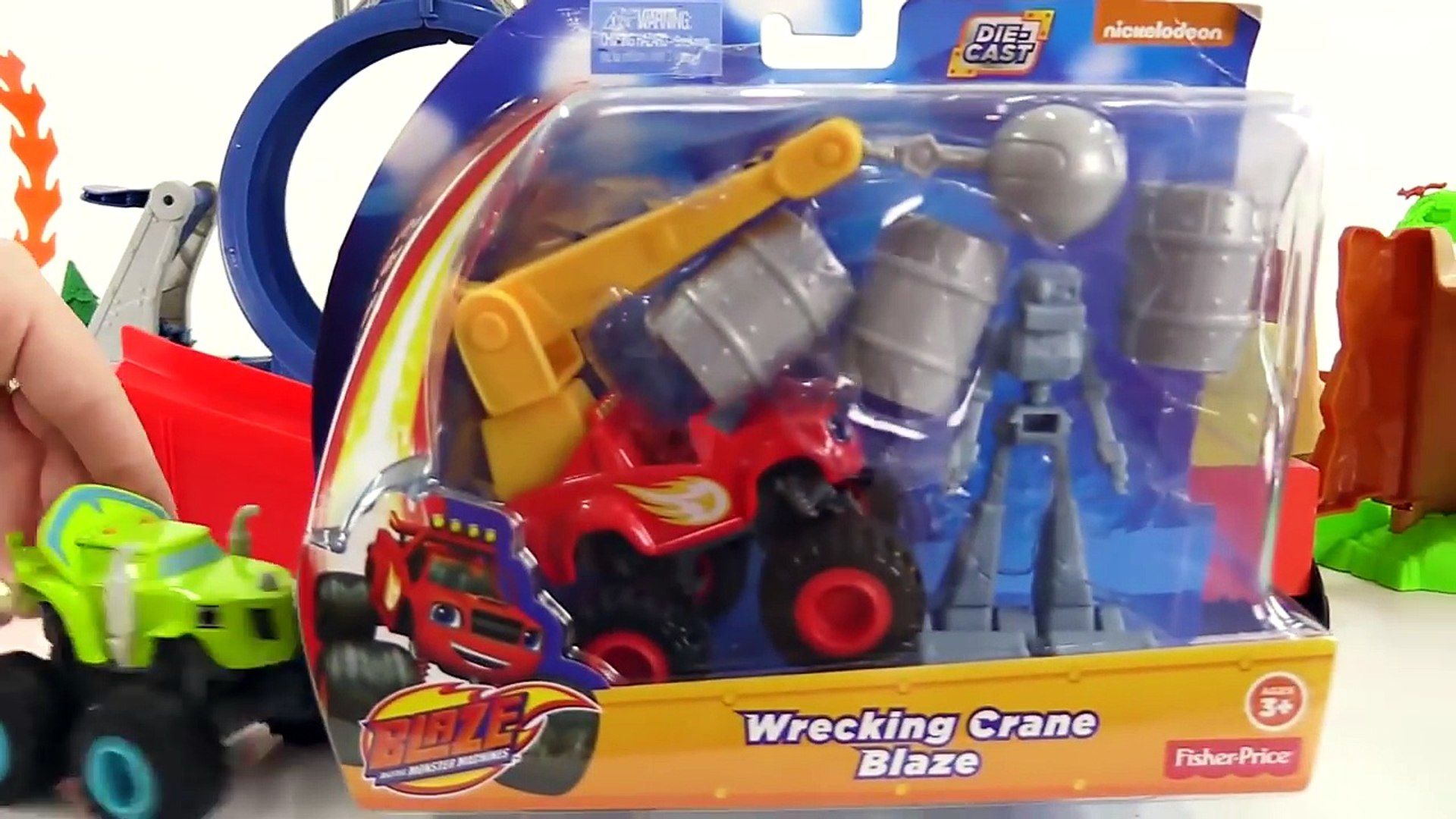 Toy Story - Unboxing a WRECKING BALL TRUCK! - Toy Trucks for Children - Toy Videos for kids-o8mGecrf