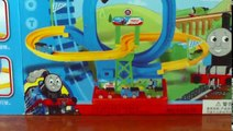 Video For Children Toy Trains Thomas and Friends Trains Loop Set For Kids Kiddies Toddlers Videos