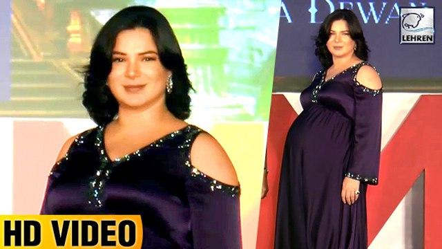 Pregnant Urvashi Sharma Walks The Ramp With Huge Baby BUMP