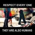 Le premier péché dans l'univers est le péché.Nous sommes tous égaux, personne n'est supérieur à qui que ce soit ...