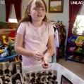 """""""Sốc"""" với cô bé có đam mê sưu tầm và chơi đùa với hơn 7000 con gián"""
