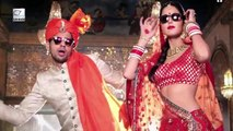 Katrina Kaif Romances Sidharth Malhotra In Biki.ni   Baar Baar Dekho