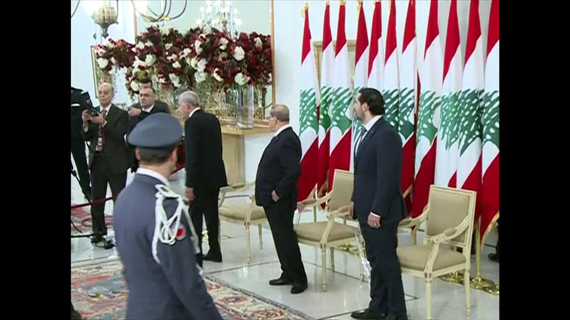 Premiê do Líbano diz que sua renúncia está suspensa