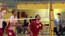 Une belle opposition entre Bahreïn (rouge) et Martigues (blanc)