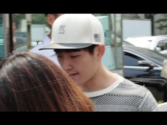 150612 SHINee Taemin, Onew leaving after Music Bank Rehearsal @KpopMap