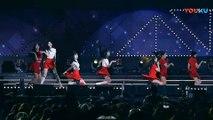 饭拍韩国女团热舞现场, 很受欢迎的一首歌!_高清(00h01m09s-00h01m11s)