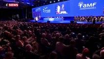 Emmanuel Macron aux maires : « J'ai besoin de vous »