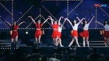 饭拍韩国女团热舞现场, 很受欢迎的一首歌!_高清(00h02m12s-00h02m14s)