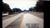 Un avion en panne de moteur tente d'atterrir sur une route (Floride)