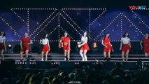 饭拍韩国女团热舞现场, 很受欢迎的一首歌!_高清(00h03m01s-00h03m03s)