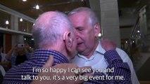 Ce papy rescapé des camps de concentration rencontre son neveux le jour de ses 102 ans... Moment émouvant