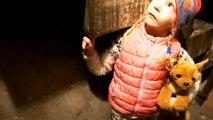 ПРИКЛЮЧЕНИЕ в СТРАШНОМ ЗАМКЕ Ищем ВЫХОД побег из замка с Миланой детский летсплей от канала FFGTV-9xCwOko3bv4