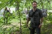 """The Walking Dead Season 8 Episode 7 """"Eagle Egilsson"""" AMC"""