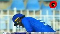 Faheem Ashraf Took Wicket of Sarfraz Ahmed On 1st Ball -- Faheem Ashraf vs Sarfraz Ahmed