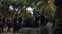 Game of Thrones 7x07 - Daenerys, Jon Snow arrives At King's Landing With 2 dragons
