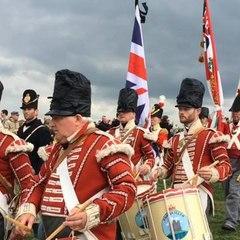 Les Anglais comme à la parade