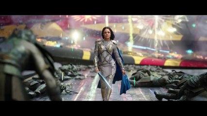 Tessa Thompson and Tom Hiddleston on Marvel Studios' Thor - Ragnarok-7wzV_KMPCks