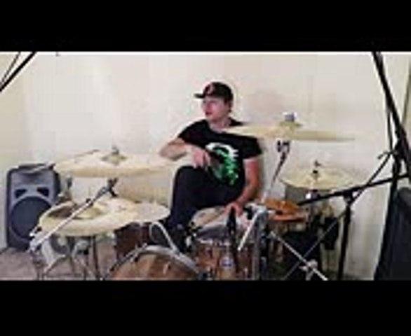 Real Drummer VS Computer Drums