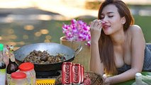 Village Food Factory - Girl Fry Snail Recipe with Coca Cola in Home -  VIRAL VIDEO FOOD
