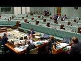 Un député australien demande son compagnon en mariage en plein débat sur le mariage homosexuel