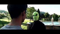 Bande annonce : E.T L'extraterrestre le retour  ( parodie )