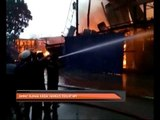 Empat rumah kedai hangus dijilat api