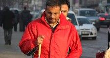 Erzurum'da Tacizci Sanılan Görme Engelli Gence Cadde Ortasında Tekme Tokat Dayak Attılar