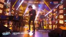 """Johnny Hallyday mort : Michaël Gregorio imite le chanteur sur """"Diego"""", l'émouvante prestation (vidéo)"""