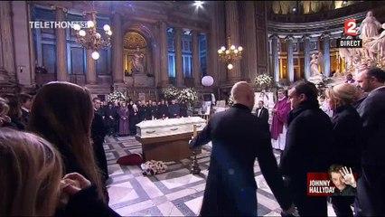 Emmanuel Macron à deux doigts de bénir le cercueil de Johnny Hallyday