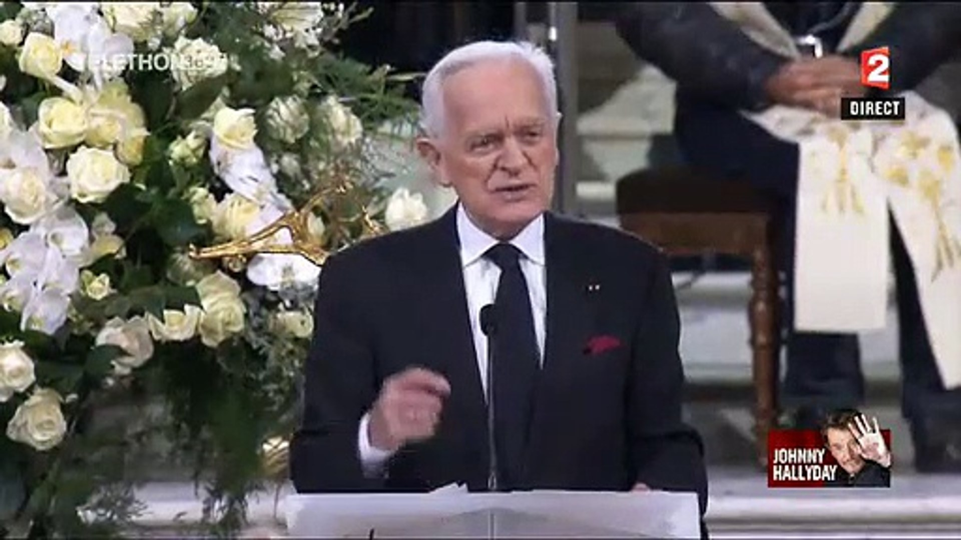 Dans l'Eglise de la Madeleine, son ami Philippe Labro raconte pour la première fois le moment o