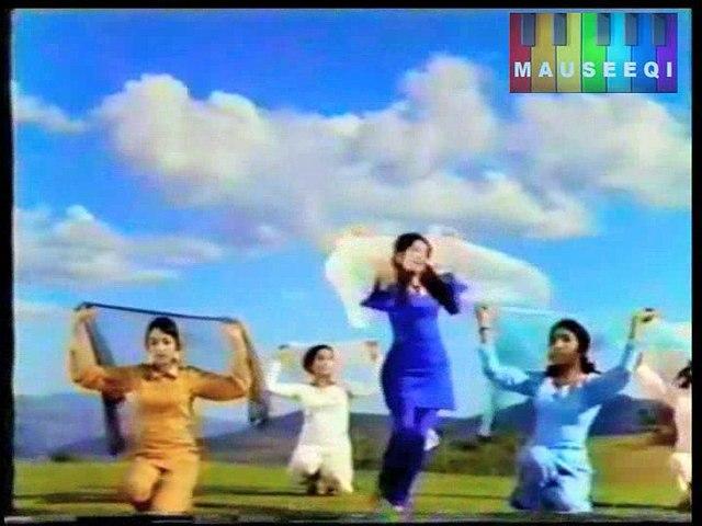 Sun Pagli Pawan - Noor Jehan - Film Salam e Muhabbat - DvD Early 70s Vol. 5 Song 21