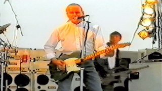 Status Quo Live - All Stand Up(Rossi,Young) - HMS Ark Royal,Portsmouth 30-7 2002