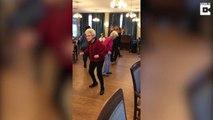 Mamie à 87 ans danse comme un fofolle !!