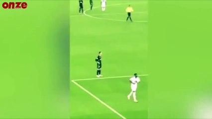 VIDEO: quand Ronaldo se fait chambrer par les fans de Messi !