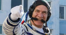 En Yaşlı Astronot! 60 Yaşındaki İtalyan Dünya'ya Döndü