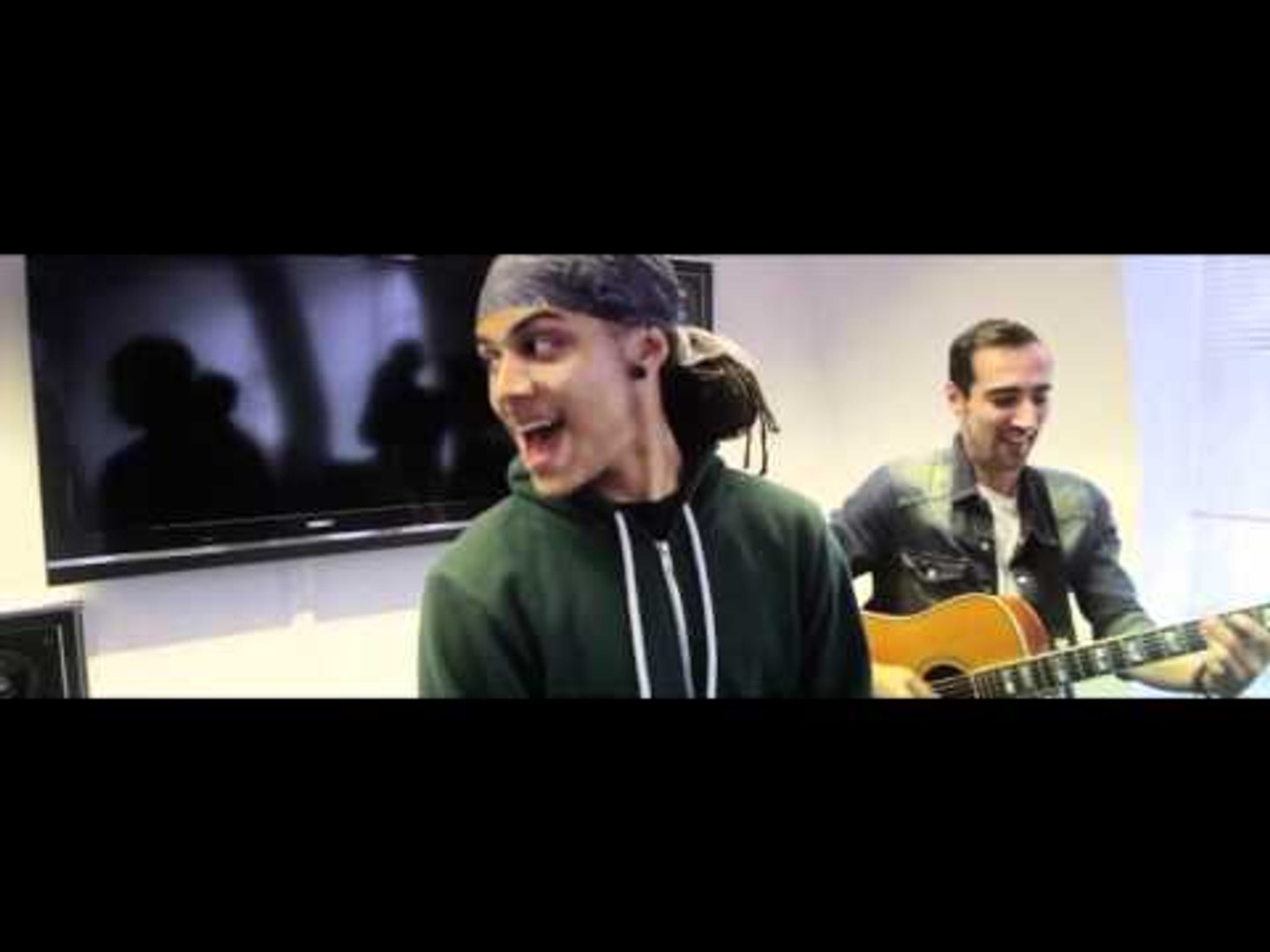 Bluey Robinson - 'Showgirl' - Dropout Live | Dropout UK