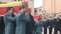 Dolor y lágrimas en la despedida de los guardias civiles muertos en Teruel