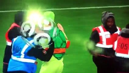 La magnifique lob signé Edinson Cavani contre Rennes !