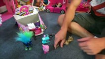 Toy Freaks - Freak Family Vlogs - Bad Baby Real Food Fight Victoria vs Annabelle & Freak Daddy Toy Freaks Bad Kids
