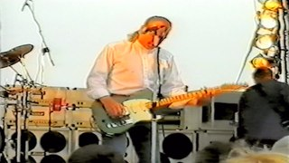Status Quo Live - Heavy Traffic(Rossi,Young,Edwards) - HMS Ark Royal,Portsmouth 30-7 2002