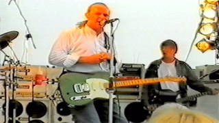 Status Quo Live - In The Army Now(Bolland,Bolland) - HMS Ark Royal,Portsmouth 30-7 2002
