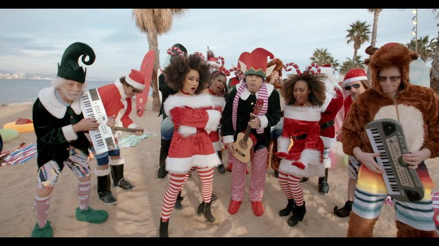 Little Steven & The Disciples Of Soul - Merry Christmas (I Don't Want To Fight Tonight)