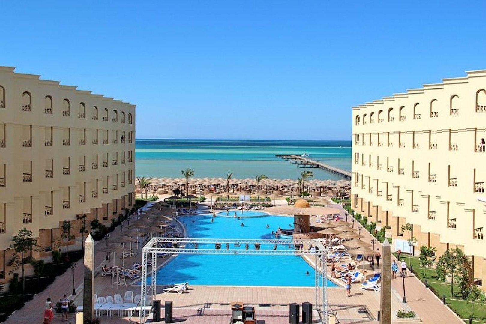 Обзор отеля AMC ROYAL HOTEL RESORT 5* Хургада, Египет
