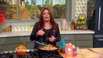 """""""The Day After"""" Thanksgiving Skillet Turkey Chili with Cornbread Topper 